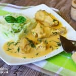 Šťavnaté kuracie nožičky na mrkvovo-kôprovej omáčke a brokolicové pyré