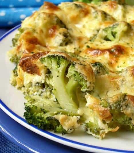 zdroj obrázka : http://redcookbook.net/broccoli-cheese-bake/#photo_1