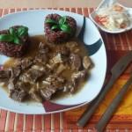 Hovädzie s dubákovou omáčkou a červená chrumkavá ryža